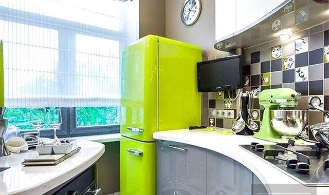 Колір фасадів та кухонна фурнітура