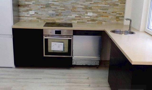 Штучний акриловий камінь в домашній обстановці